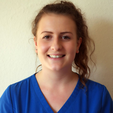 Chloe McKechnie, student veterinary nurse at Pet Doctors