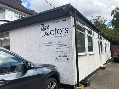 Pet Doctors Tongham outside of building